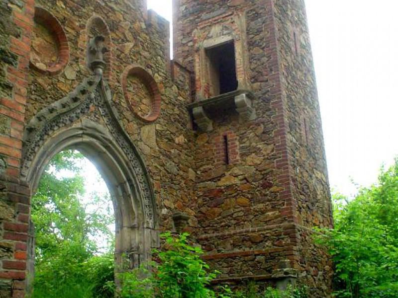 zamek rajsko bożkowice