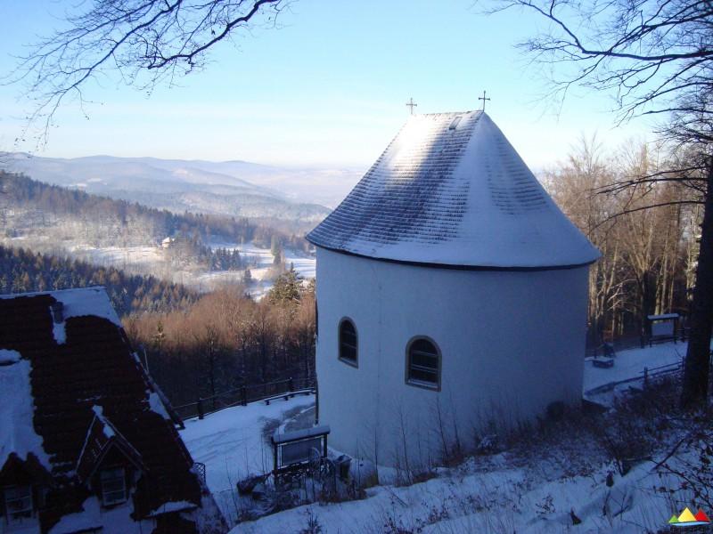 Kaplica św. Anny zimą
