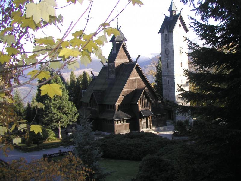 Kościół Wang wiosną